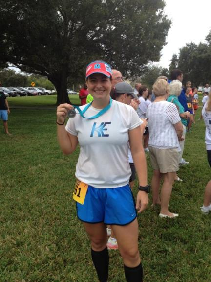 Sporting Rev3 Headsweats Visor at Saturday's 10k